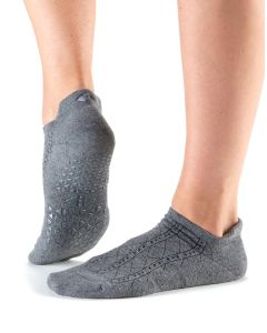 Tavi Noir Savvy Grip Sole Socks Low Rise Yoga Pilates Dance Barre - Fog Tavi